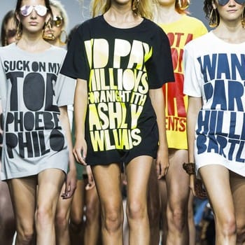graphic slogan print tee